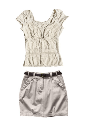 mini falda: Juego de mini falda beige y superior de encaje aislado m�s de blanco Foto de archivo