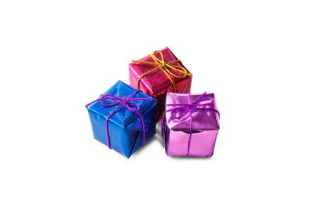 three gift boxes: Grupo de tres cajas de regalo sobre fondo blanco Foto de archivo