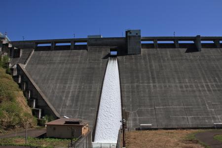 Asari dam and the lake Otarunai of fresh green hokkaido 版權商用圖片