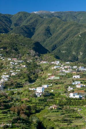 mirador: View towards Cumbre Mountain Ridge from Mirador de San Bartolom alongside the east coast north of Santa Cruz on the island La Palma, Canary Islands, Spain