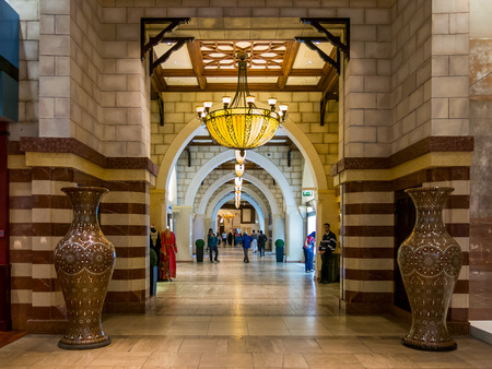 gold souk: Entrance of Gold Souk in Dubai Mall in Downtown Dubai, United Arab Emirates