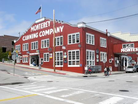 sardinas: Monterey Sardines Canning Company, Cannery Row, Monterey, California, USA
