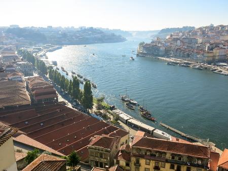 nova: View over River Douro in towards the west from Jardim de Morro in Vila Nova de Gaia, Porto, Portugal
