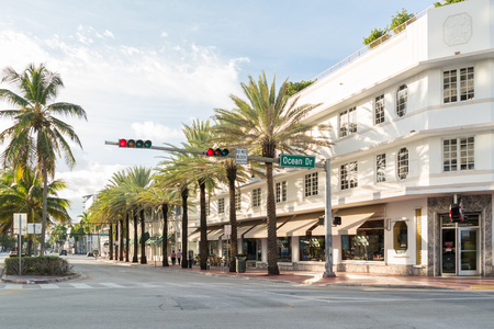 south beach: View of corner Ocean Drive and 5th Street in South Beach district of Miami Beach, Florida, USA