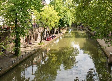 utrecht: UTRECHT, NETHERLANDS - MAY 21, 2015: Oudegracht canal in Utrecht, the Netherlands