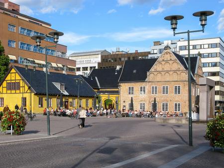 streetscene: Radhusgata street with Oslo Kunstforening Fine Art Gallery and Society in Kvadraturen area, Oslo, Norway, Scandinavia