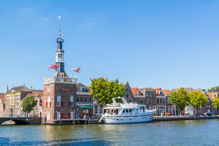 excise: Accijnstoren, excise tower, and yacht at Bierkade in Alkmaar, North Holland, Netherlands