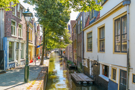north holland: Houses and quay of Kooltuin canal in Alkmaar, North Holland, Netherlands
