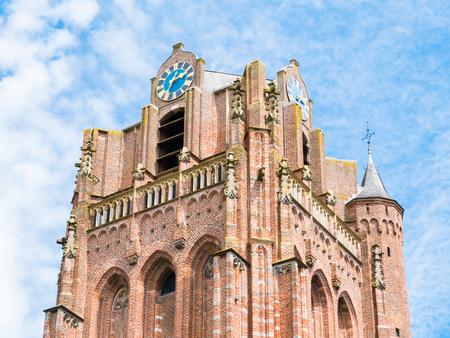 Toren van de Grote Kerk of de Sint-Jan de Doperkerk in het oude centrum van Wijk bij Duurstede in provincie Utrecht, Nederland Stockfoto - 81243618