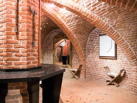 WIJK BIJ DUURSTEDE, NEDERLAND - 11 JUNI 2017: Binnenland van Bourgondische toren van kasteel Duurstede in Wijk bij Duurstede in provincie Utrecht, Nederland Stockfoto - 81825720