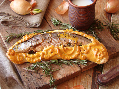 giblets: fish baked in pastry with green onions