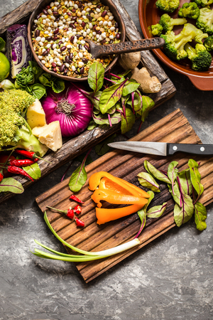 fresh fruit, vegetables, cereals, nuts and greens, the ingredients for a healthy lifestyle, healthy food in a wooden box 版權商用圖片