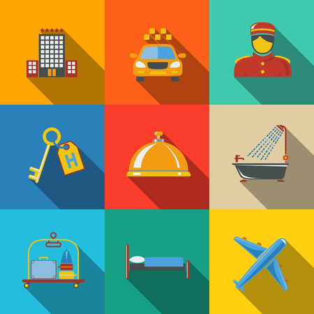 hospedaje: Hoteles y servicios iconos planos modernos establecen en las plazas de color con - edificio del hotel, campana de servicio, ropa de cama, equipaje, portero, llave de la habitación, taxi, avión, cuarto de baño con ducha. Vectores