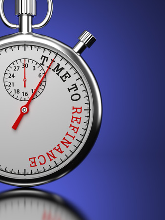 Stoppuhr mit Time To Slogan auf einem blauen Hintergrund refinanzieren.