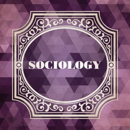 sociologia: Concepto Sociolog�a. Dise�o de cosecha. Fondo p�rpura hecha de tri�ngulos. Foto de archivo