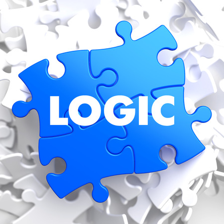 l�gica: L�gica de Puzzle azul sobre fondo blanco. Foto de archivo