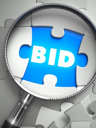 bid: Oferta - Rompecabezas con el pedazo que falta a través de lupa. Ilustración 3D con enfoque selectivo.