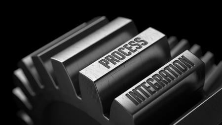 competitividad: Integraci�n de Procesos en los engranajes de metal en el fondo Negro. Foto de archivo