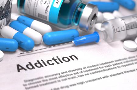 abuso: Diagn�stico - Adicci�n. Informe m�dico con Composici�n de Medicamentos - p�ldoras azules, Inyecciones y Jeringa. Fondo enmascarado con enfoque selectivo.