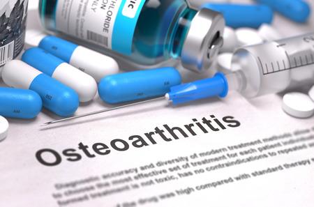 artrosis: Osteoartritis - Impreso Diagn�stico con las p�ldoras azules, inyecciones y jeringas. Concepto m�dico con enfoque selectivo.