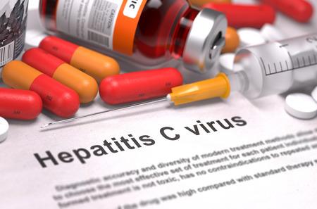 Diagnose - Hepatitis-C-Virus. Medizinische Bericht mit der Zusammensetzung von Medikamenten - Red Pillen, Spritzen und Spritze. Tiefenschärfe. Lizenzfreie Bilder - 43876258