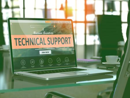 Concepto de soporte técnico. Closeup Landing Page en la pantalla del portátil en el fondo del cómodo lugar de trabajo en la oficina moderna. Imagen borrosa y tonificada. Render 3D
