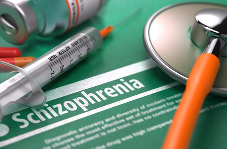 esquizofrenia: Diagnóstico - Esquizofrenia. Concepto médico con borrosa texto, estetoscopio, píldoras y jeringa sobre fondo verde. Enfoque selectivo. Render 3D.