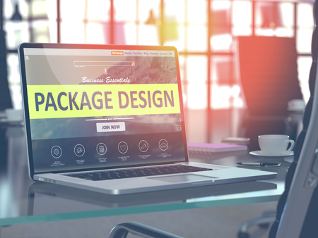 publicidad exterior: Lugar de trabajo moderno con la computadora portátil que muestra la página de destino con el Package Design Concept. Imagen virada con enfoque selectivo. Render 3D.