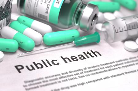 salud publica: Salud P�blica - Impreso con el texto borroso. En el fondo de Medicamentos Composici�n - Pastillas de menta verde, inyecciones y jeringuilla. Render 3D. Foto de archivo