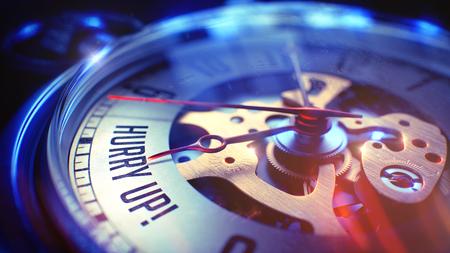 llegar tarde: Concepto de negocio: Hurry Up texto. en Pocket Reloj de la vendimia con visión cercana del mecanismo del reloj. Concepto de tiempo con enfoque selectivo y Luz Fugas de Efecto. 3D.