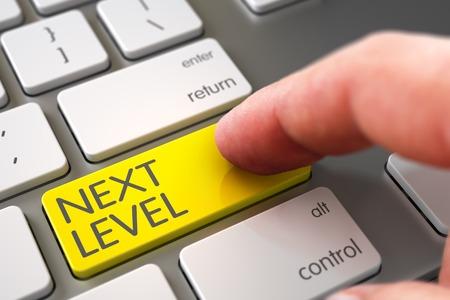 Dedo que empuja el siguiente nivel amarillo en el teclado Teclado moderno. Render 3D.