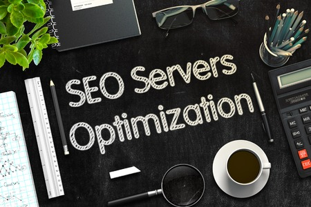 SEO Servers Optimization on Black Chalkboard. 3D Rendering. Lizenzfreie Bilder