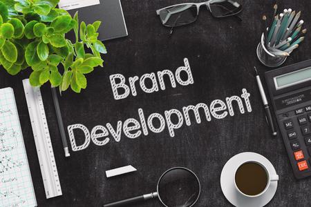 Concepto de desarrollo de marca en pizarra negra. Representación 3D. Foto de archivo