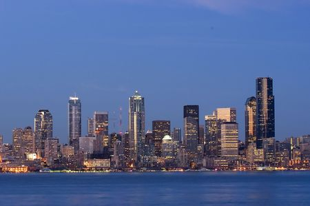 puget sound: Seattle at twilight