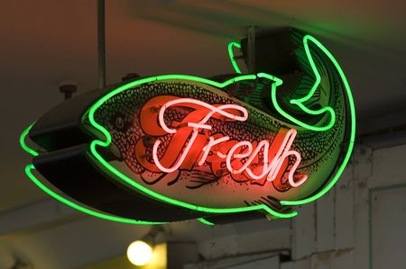 pike: Fresh fish sign in Seattles Pike market Stock Photo