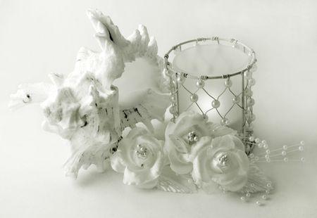 perls: Tropical wedding composition Stock Photo