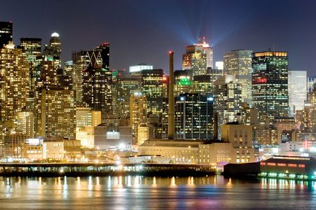 accomodation: Panorama of New York city at nighttime