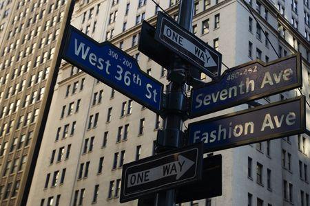 Corner of Fashion and West 36th street in Manhattan, New York city 版權商用圖片