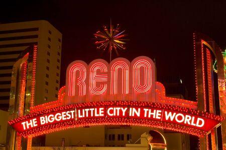 Reno sign photo