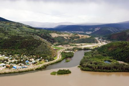 sity: Dawson sity on the merge of Klondike river and Yukon river