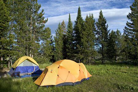 teton: Due tende in campeggio nel Grand Teton National Park Archivio Fotografico