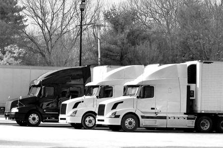 lorry: Camion rimorchi zona di riposo a lungo americano Interstate 95  Archivio Fotografico