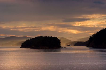 juan: Sunset over San Juan islands in Washington state
