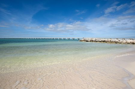 White sand beach on Lower Keys, Florida Stock Photo - 4237351