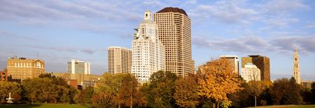 connecticut: Hartford panorama with Bushnell park