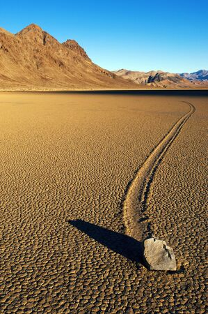 Moving stone in the desert of Death Valley national park, California, USA Banco de Imagens
