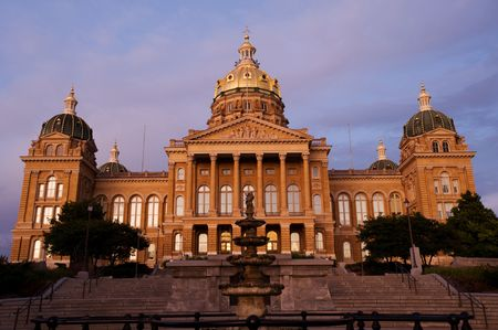 iowa: State Capitol in sunset light in Des Moines, Iowa Stock Photo