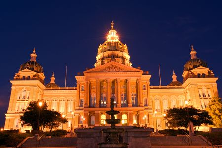 iowa: State Capitol at night in Des Moines, Iowa Stock Photo