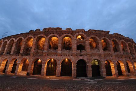 Römische Amphitheater Internationlly bekannt für Oper Performances, Verona Standard-Bild - 6563928