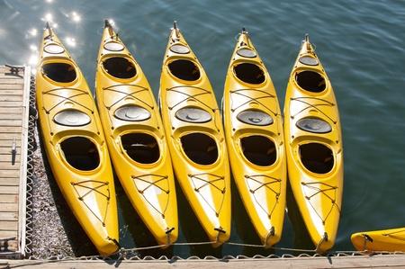 Kayaks de mer Jaune à Bar Harbor, Maine Banque d'images - 11793799